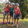 Meninas-equipadas-para-fazer-a-atividade-de-arborismo