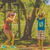 crianças-se-equilibrando-no-slackline-no-poção-Brotas