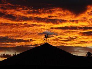 Céu-avermelhado-do-fim-de-tarde-em-brotas